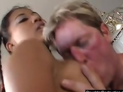 dad can to fuck his daughters