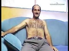 big jock hirsute dad jos and cums 4 u