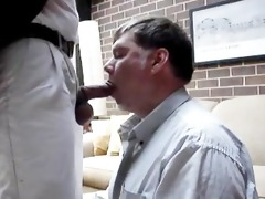 non-professional a daddy gets sucked and drank