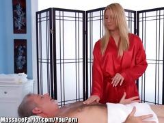 massageparlor lexi kartel takes care of an mature